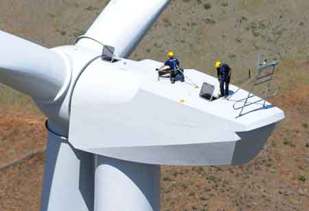 Are Tiny Sensors Playing a Big Role in Wind Turbine Maintenance?